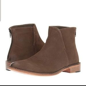 Free People.Century Flat Taupe Ankle Boots